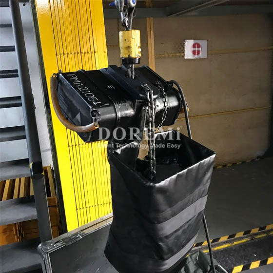 Truss and Stage: Chain Hoist